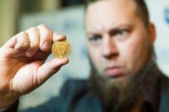 LH-Crypto将以双倍的价格回购投资者手中的代币!